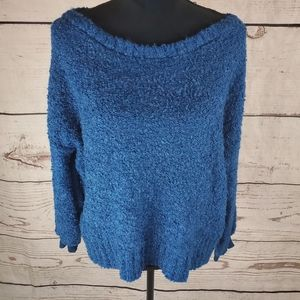 Blue Sweater Pullover Soft Cozy Fuzzy Long Sleeve